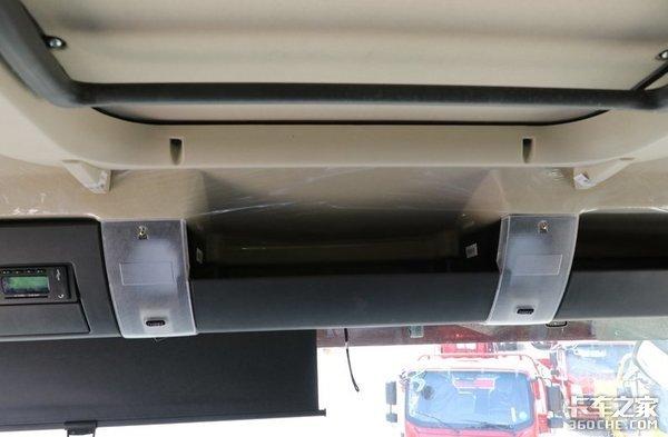 气囊座椅+750mm宽卧铺,汕德卡G5:开搅拌车也可以很舒服