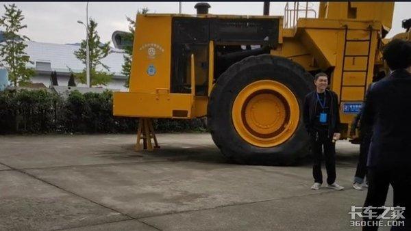致敬参与三峡工程建设的货车司机,他们是默默无闻的英雄