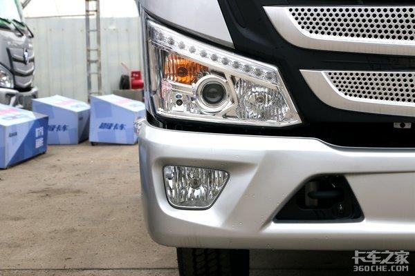 国六福康动力+采埃孚变速箱这款欧马可S1定位高端轻卡