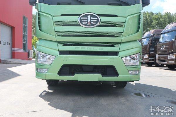 富贵绿涂装这款解放J7让我感受到了'莫兰迪'色系的美