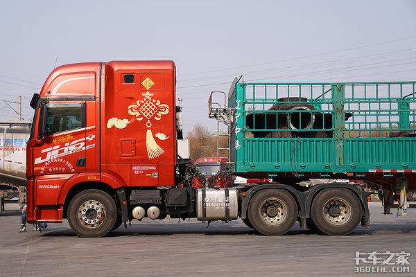 有别于传统卡车头!JH6+生活舱如何抬起驾驶舱你懂吗?