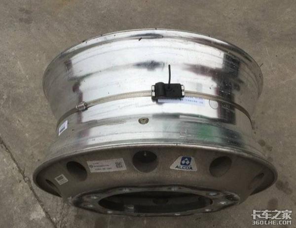 实时监控爆胎隐患,汽车3大安全系统之一,胎压监测了解一下