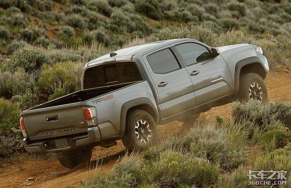 丰田第3代塔科马皮卡来了,在美国已经卖疯,只要17.2万