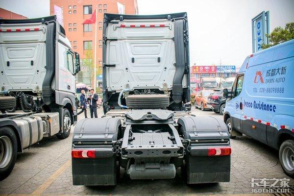 福田合资版奔驰重卡要来了如果定价60万国产车会不会慌?