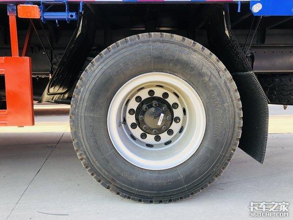 220马力玉柴+8挡法士特,实拍福田瑞沃Q56米8载货车