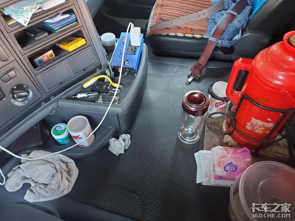 120万公里的斯堪尼亚车况如何?司机:动力足又省油