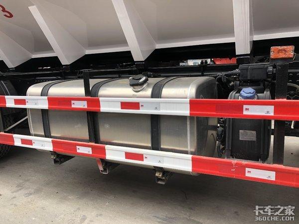 东风天龙VL载货车底盘+专业上装,饲料专用运输车了解一下