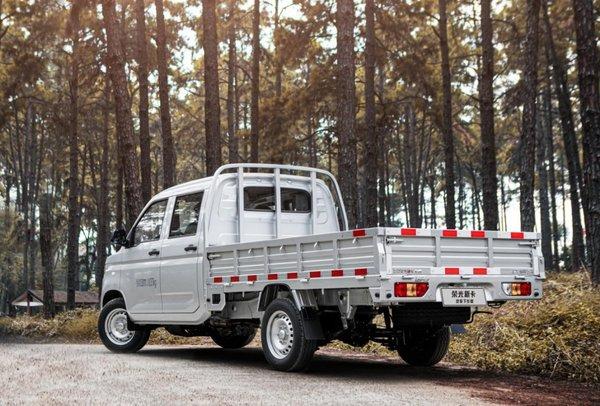 汽车下乡专供版,专业运货实力派!五菱荣光新卡2.6t加长版货车来了