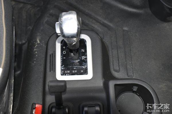 不踩离合器也太爽了!四款AMT牵引车大比拼中短途国道运输更轻松