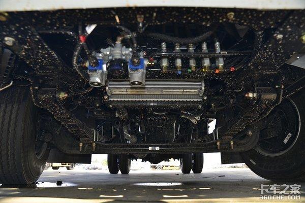 搭载五十铃493动力江西五十铃翼放EC7再塑标杆