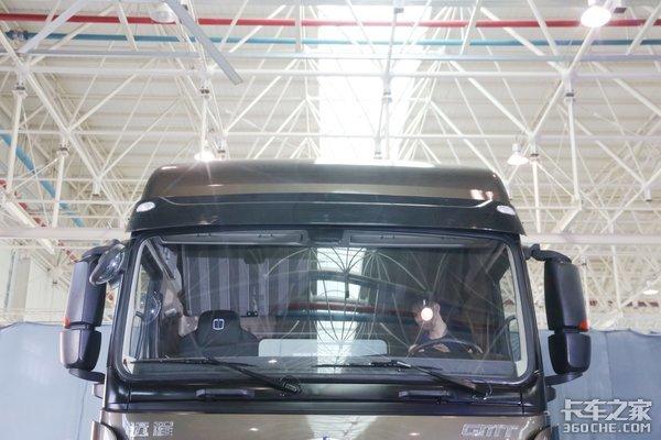 吉利远程M100甲醇重卡35万起售燃料费用可以比传统的柴油卡车降低18%