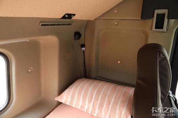 车市速看:潍柴国六460燃气+高配驾驶室这台沪尊S200面向高端市场
