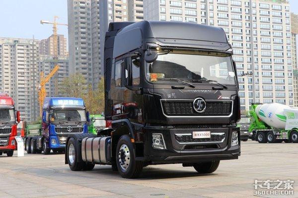 车市速看:高效标载物流利器520马力AMT德龙X5000智行版