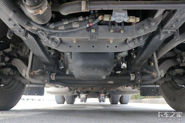 東康460馬力匹配ZF AMT變速箱 這款小速比大臥鋪的乘龍H7跑快遞好舒服