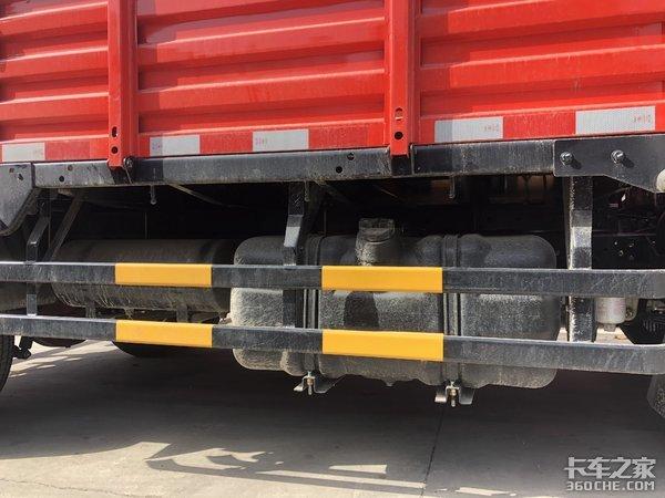 搭载日产发动机,多片钢板悬架,东风凯普特载货车适合干重活