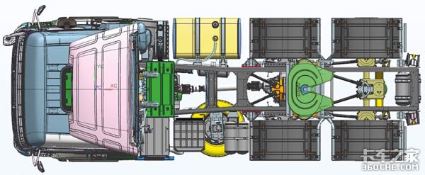 和奔驰AXOR共用驾驶室,实拍卡马斯65209牵引车