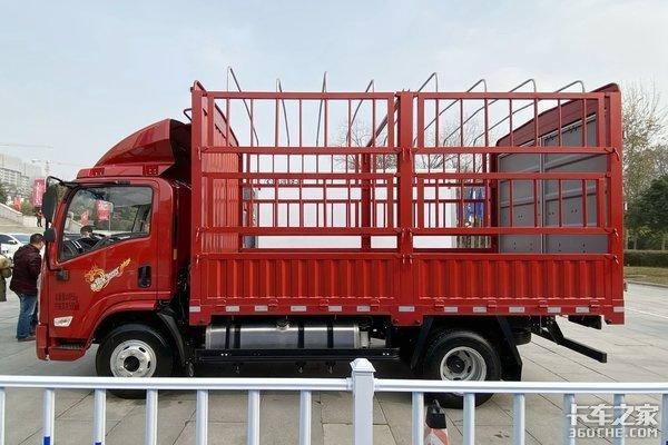 车市速看:160马力+300L大油箱这台轻卡叫作德龙K3000