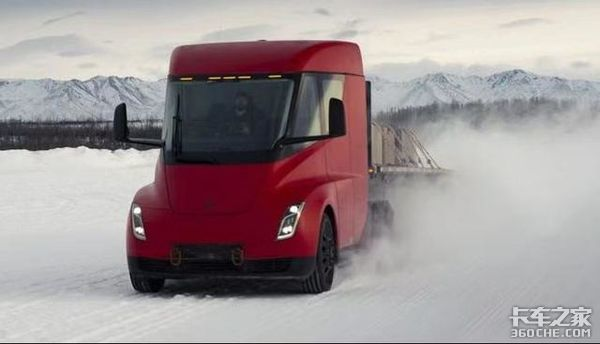 配备2170锂电池特斯拉4台电动卡车曝光正在进行路测