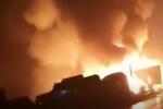 已致9人遇难 包茂高速湘西州段发生连环交通事故 现场火光冲天
