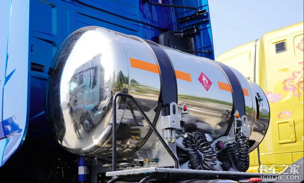 最大14升570马力AMT液缓全都有解放J7再添LNG车型