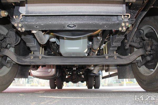 解放J6LVS格尔发A5X这两款车谁是绿通新手的最佳选择?