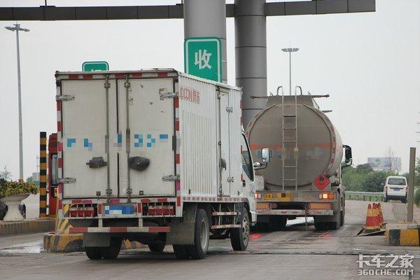 总质量或到7.5吨轻卡可能放开进城条件