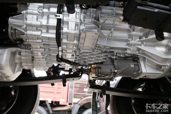 2021年绿通、零担选什么车?看看这四款国六AMT(8x4)载货车