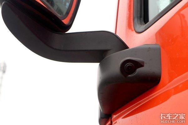 装重汽AMT2.0变速箱并支持以换代修这款汕德卡G7很奢华