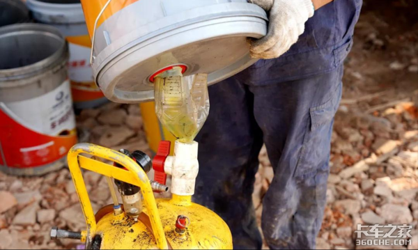 机油粘的像浆糊,冰天雪地难启动冬天机油应该如何选择?