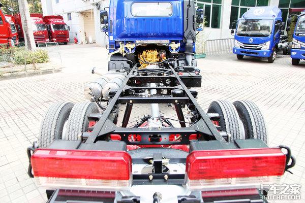 140马力国六玉柴机还有轻量化底盘东风多利卡D6锐能版宽体轻卡实拍