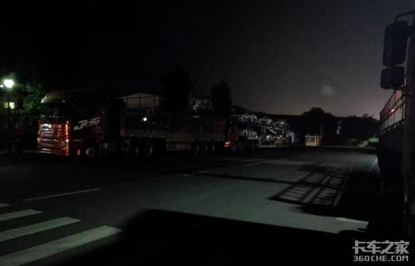 卡车人姚光强:为了生活不断向前一名普通散货司机的千里运输路