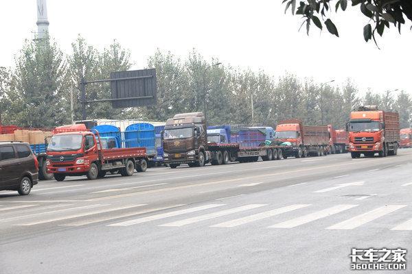 违规限高杆整治后,国家再次对部分地区货车24小时禁行下重拳