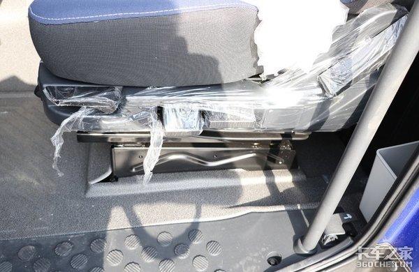 你见过搭载奔驰动力的欧曼GTL吗?不仅动力强劲还具有超多亮点