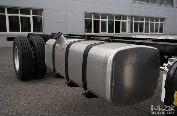 轮胎注水为哪般?车辆自重除了超重还有超轻问题