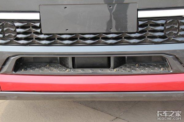 搭载460马力潍柴发动机自重8.8吨超值版陕汽X5000图解