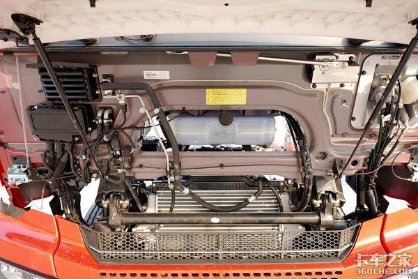 自重仅7.8吨配超宽平地板驾驶室青汽又一神车悍VH来了