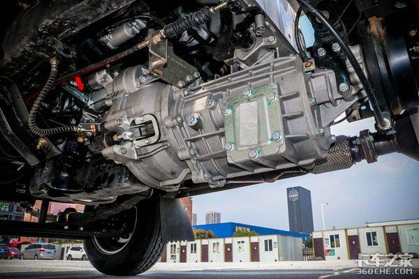 发动机不超2.5L!蓝牌轻卡重载时代完结未来还能拉什么?