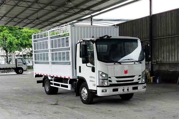 庆铃自主7.5吨国六轻卡曝光可选排半驾驶室搭载两款云内发动机