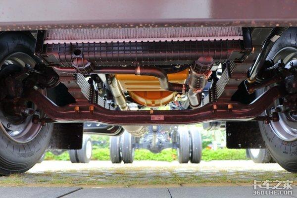 年度盛典:乘龙M3获得卡车之家2020年度值得信赖车型