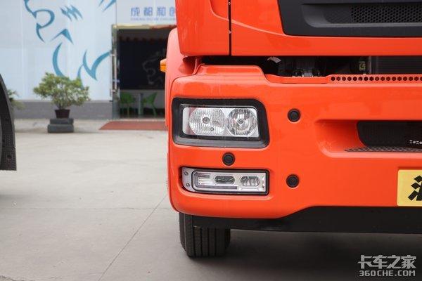 240匹超速挡8挡箱还带四路影像这款高顶双卧汕德卡G5有点东西