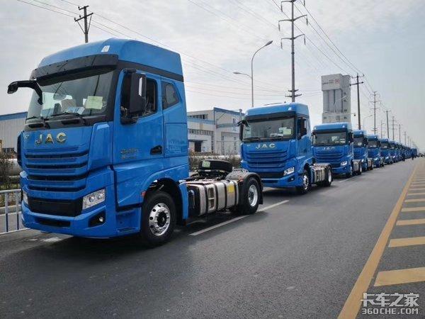 年度盛典:3千台AMT格尔发K7交付中通获年度快递快运行业营销事件奖