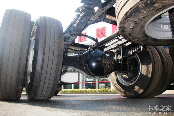 220马力的城际配货新选择7米8解放JK6中卡实拍图解
