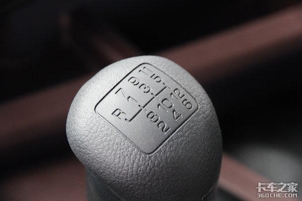 450马力国六动力日野700智臻版有哪些升级?空间表现还需再提升