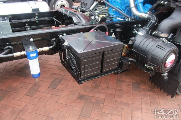 卡车蓄电池该如何保养?等亏电时再看可就晚了!