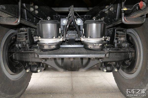 2小时充满423度电池490马力12挡AMT图解J6P纯电自卸车