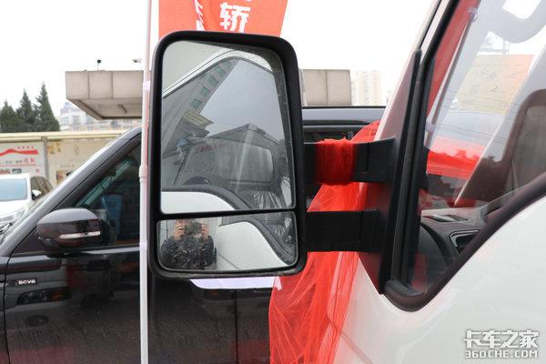 比微卡能拉比轻卡好上牌最低6万开走这台舒适强劲的恺达X6轿卡