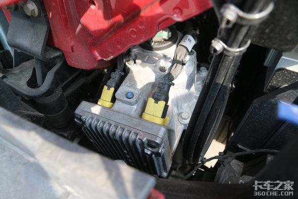 全新国六D13K动力沃尔沃FH540全身都是黑科技!6x4还带提升桥