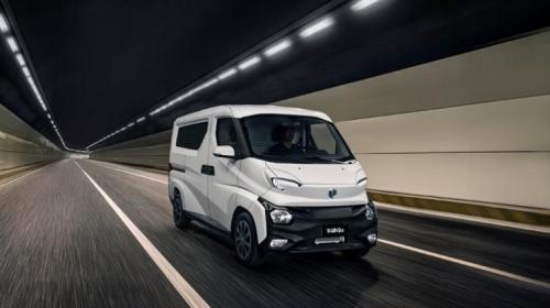 中国新能源汽车产业发展趋势明显飞碟汽车御风而行