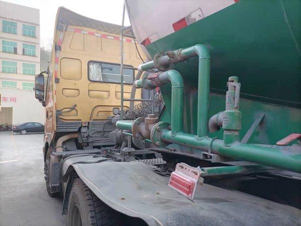 散装水泥运输有多挣钱广乘龙H7驾驶员有感慨