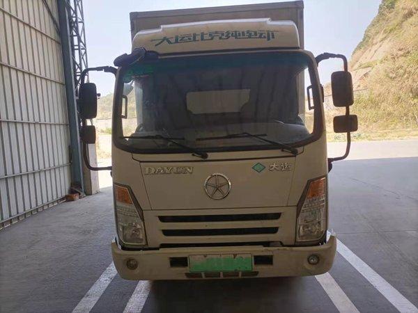李师傅的生意经:新能源跑农村短途运输